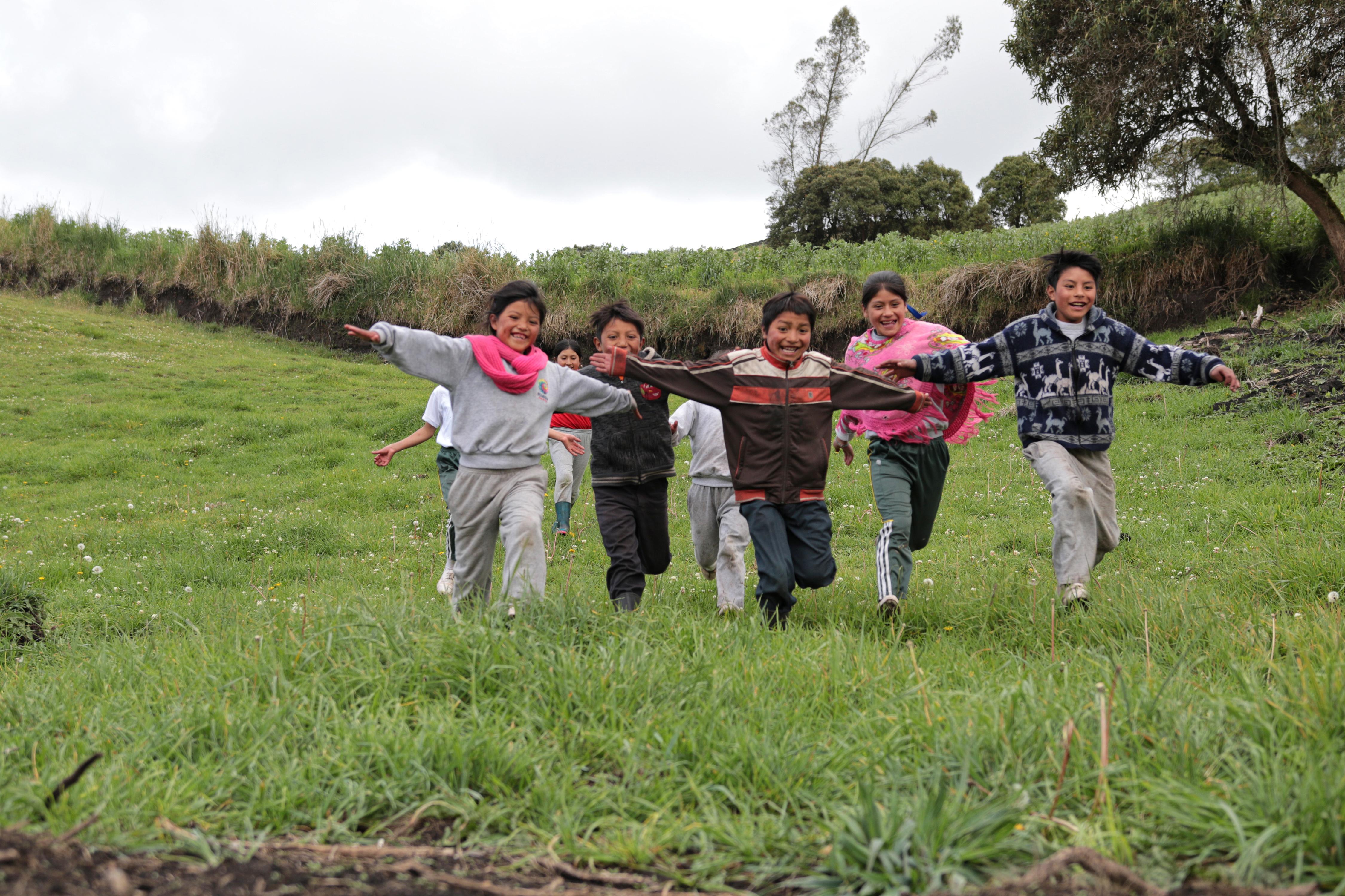 Organizaciones que ayudan a la niñez en Ecuador